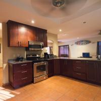 Hotel Pictures: Casa Arte, Playa Grande