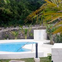 Hotel Pictures: Golden Acre by Alleynes Beach, Holetown