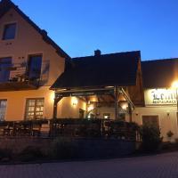 Hotel Pictures: Penzion a restaurace Lemberk, Jablonné v Podještědí
