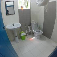 Double Room with Ensuite Bathroom and Shared Balcony