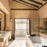 Suite 1800 with Jacuzzi®