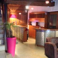 Hotel Pictures: La Tour Rose, Lyon