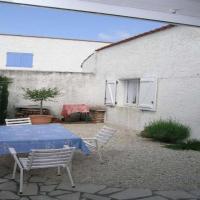 Hotel Pictures: Rental Villa Les Tremieres 2, La Palmyre