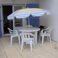 Hotel Pictures: Rental Apartment Bel Appartement Avec Piscine, La Tranche-sur-Mer
