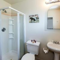 Pony Express Room with Two Full Beds, Shower