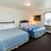 Pioneer Room With One Full & One Queen Bed, Shower