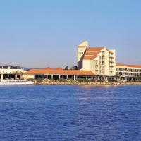 Hotel Pictures: The Lakes Resort Hotel, Adelaide