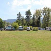 Hotel Pictures: The Victorian Motel & RV Park, Grand Forks