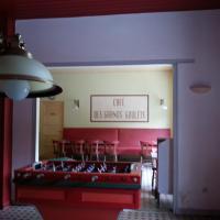Hotel Pictures: Les Grands Goulets, Saint-Martin-en-Vercors