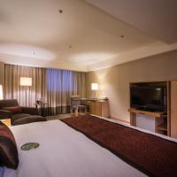 Fullerton Deluxe Double Room