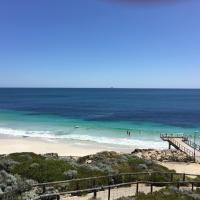 Hotel Pictures: Beachside Grove, Perth