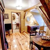 Deluxe Double Room (French Style)