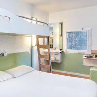 Hotel Pictures: ibis budget Courbevoie Paris, Courbevoie