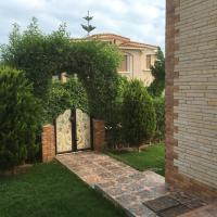 Three-Bedroom Chalet at Fayroz Resort