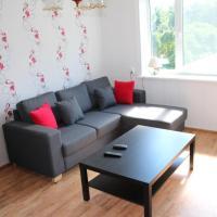 Hotel Pictures: Vana-Pärnu apartment, Pärnu