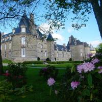 Hotel Pictures: Chateau de Canisy, Canisy
