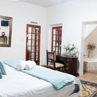 Deluxe Triple Room with Corner Bath