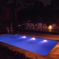 Hotel Pictures: Complejo de Cabañas Pinaforet, Pinamar