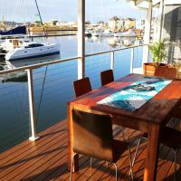 Hotel Pictures: Waters Edge, Busselton