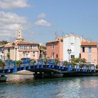 Hotel Pictures: hotelF1 Martigues, Martigues