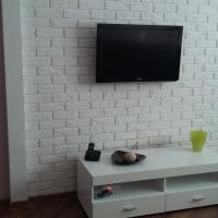 Hotel Pictures: Apartment On Mineeva 17, Pinsk