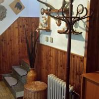 Hotel Pictures: Holiday Home Hubert, Dolní Kralovice