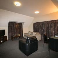 Superior One-Bedroom Apartment - Top Floor