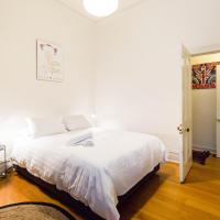 Hotel Pictures: Katherine - Beyond a Room Private Apartments, Melbourne