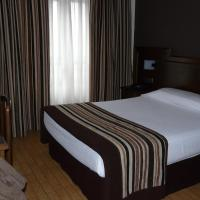 Hotel Pictures: Idh Angel, Oviedo