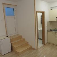 One-Bedroom Apartment - Zvizdina Street