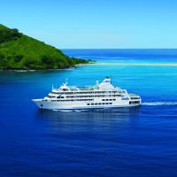 Captain Cook Cruises Fiji - Reef Endeavour