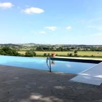Hotel Pictures: Chateau la Megene B&B, Gueugnon