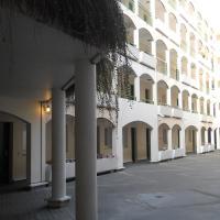 Eurohotel Saint Denis Basilique