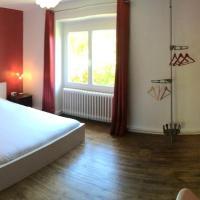 Hotel Pictures: Le Bercail Chambres d'Hotes, Saint-Yrieix-sur-Charente