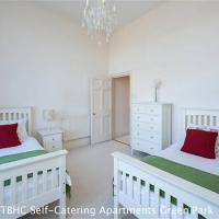 Two-Bedroom Apartment - Green Park