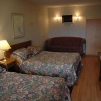 Queen Room with Two Queen Beds with Kitchen