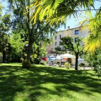 Hotel Pictures: Le Clos d'Is, Rivière-sur-Tarn