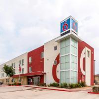 Motel 6 Laredo