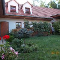 Hotel Pictures: Homestay Výrovice, Výrovice