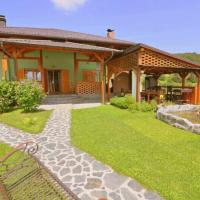Hotel Pictures: Holiday Home Green, Sarajevo