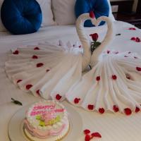 Honeymoon Double Room with City View