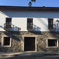 Hotel Pictures: La Casa Del Reloj, Molinaseca