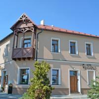 Hotel Pictures: Hotel U Kvapilů, Mnichovo Hradiště