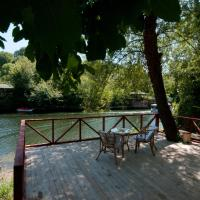 Bungalow with River View