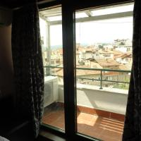 Hotel Pictures: Apartment Real, Sandanski