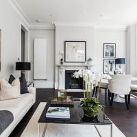 South Kensington Luxury Apartment