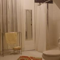 Hotel Pictures: Sparrows Rd Cottage, Saint Peters