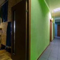 Single Capsule in 8-Bed Dormitory Room