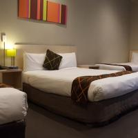 Family Room with 1 Double Bed and 2 Single Beds (3 Adults)