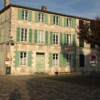 Hotel Pictures: Rental Villa Maison De Maitre 12 Personnes Ars En Re Mais 59 - Ars-En-Ré, Ars-en-Ré